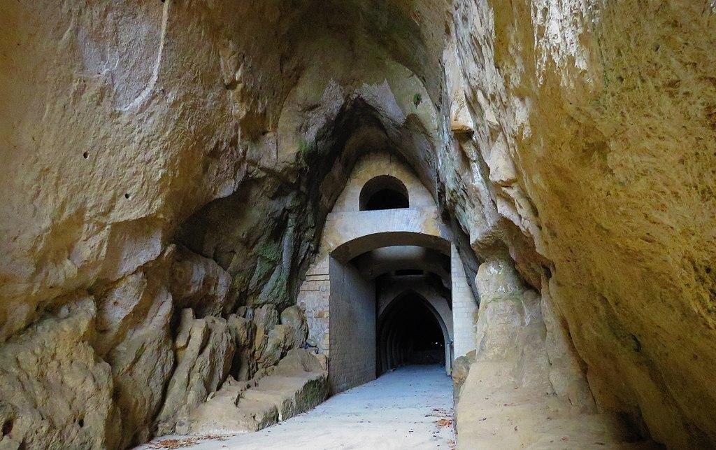 Crypta Neapolitana nel Parco Vergiliano a Piedigrotta.
